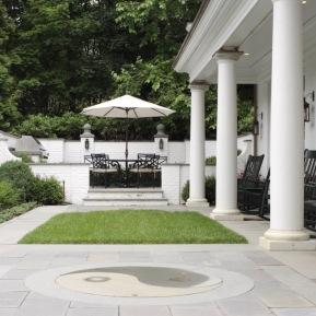 exterior-umbrella-table-1