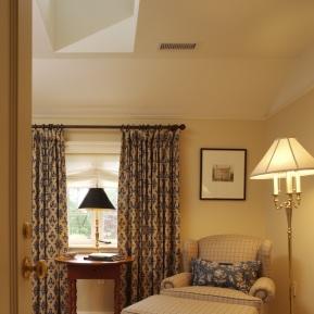 interior-front-bedroom-vertical